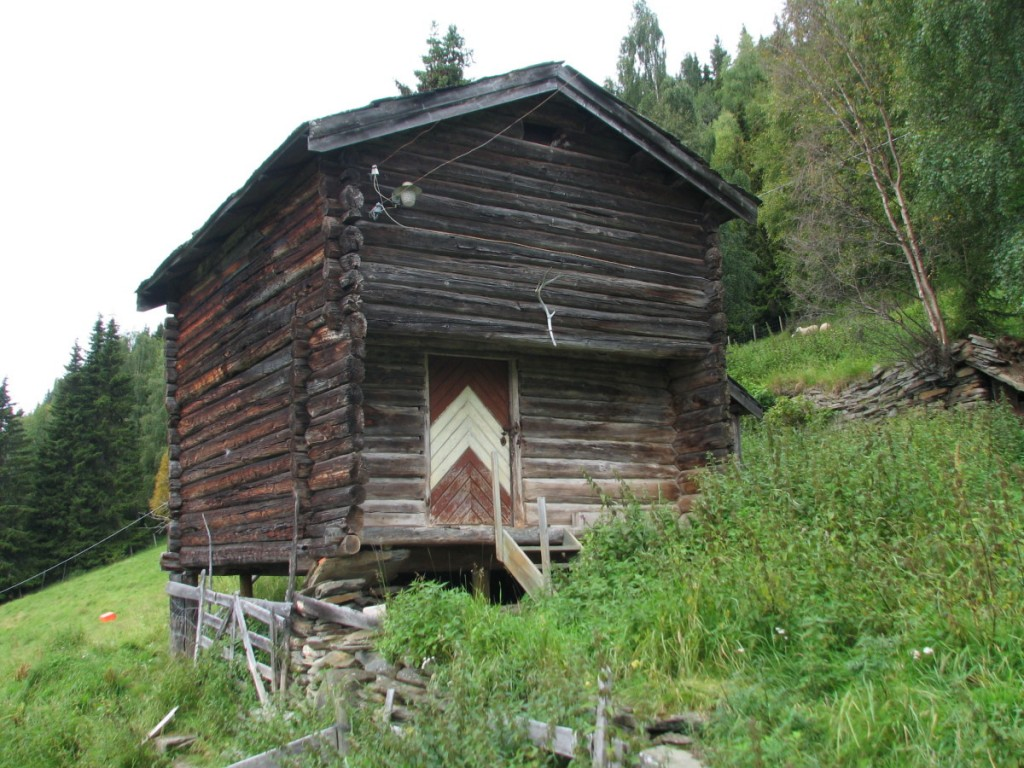 Flaate outbuilding
