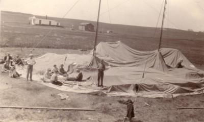 1925c-gospel-tent