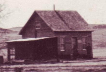 1913C Isaac House3