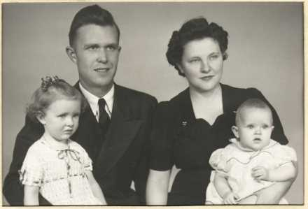 1945 Vern Fam
