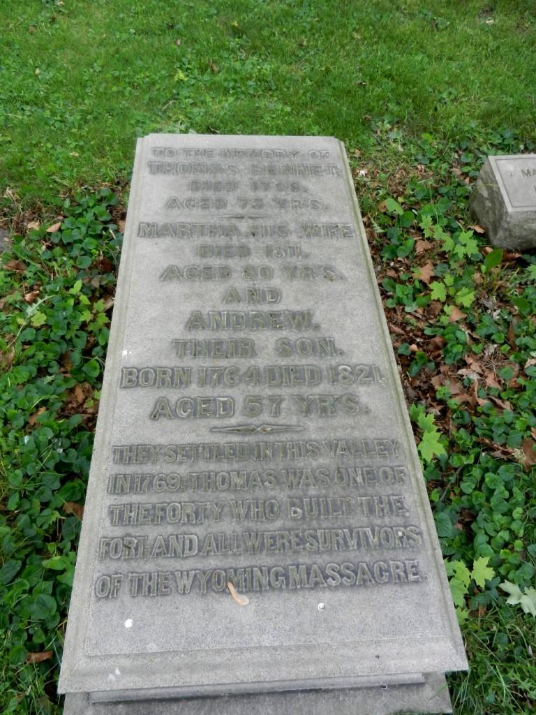 1798 Thomas et al stone