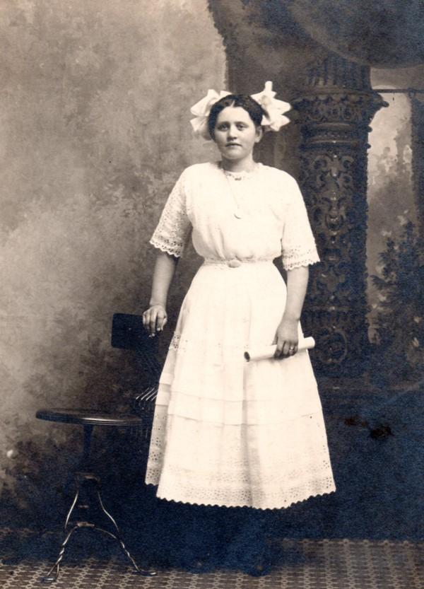 Myrtle Samuelson (1897-1943)