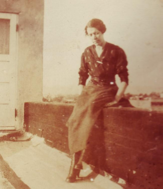 1919c Louise