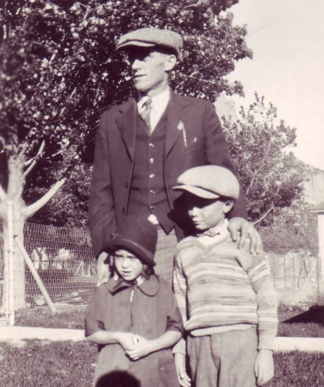 1926C Henry Frank Avis