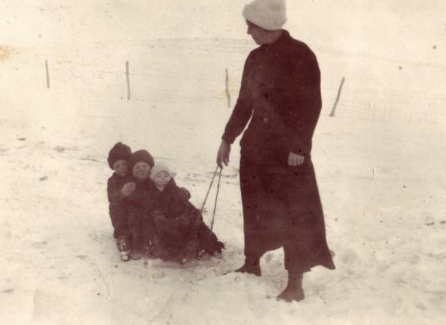 1919c  Lov Walt Harv Louisei
