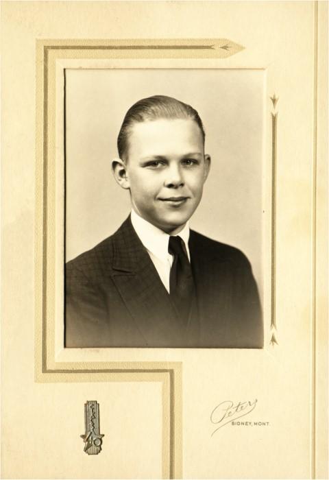 1936c Ivan hs